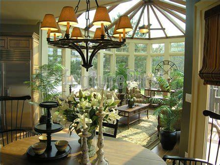 luxury sun room image