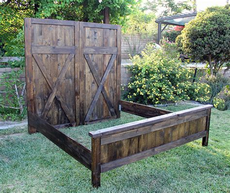 Headboard Vintage Barn Door Replica With Siderails And Barn Door Bed Frame