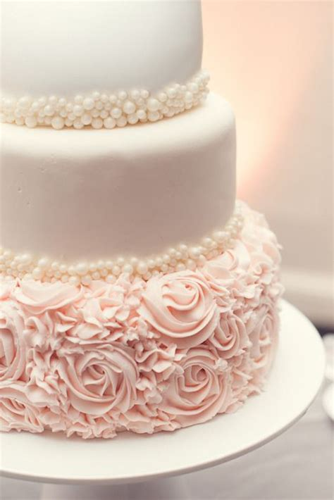 Detailed Wedding Cakes by 2016 2017 Wedding Cake Trends