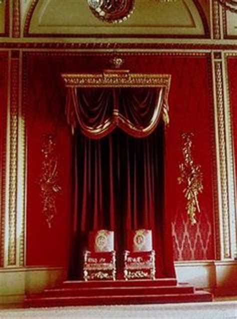 buckingham palace throne room buckingham palace paleizen and vleugels on