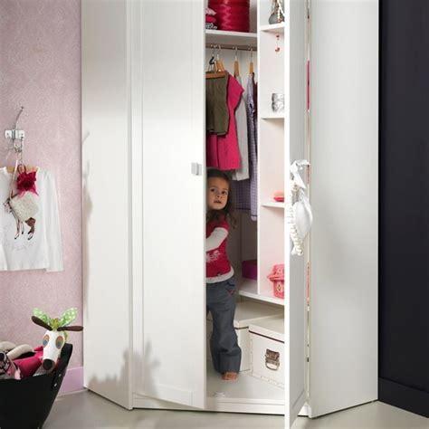 camerette con armadio angolare armadi per bambini camerette moderne