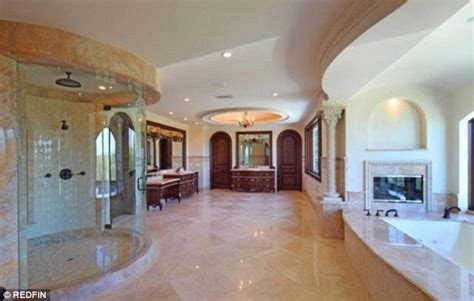 Mansion Bathrooms by Tamar Braxton And Vincent Herbert Put Their