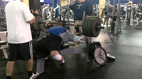 600 lb bench press tom nash 600 lbs 4 board bench press youtube