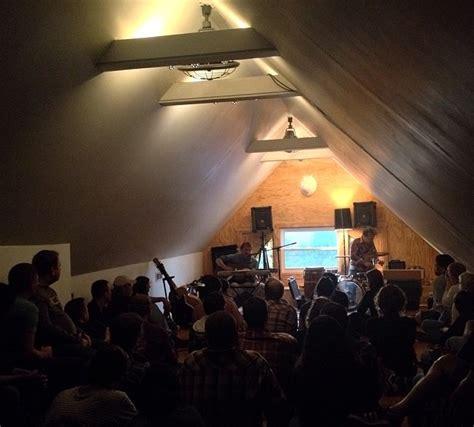 Califone Living Room Tour by Califone Boxhead Ensemble West Coast Living Room Shows