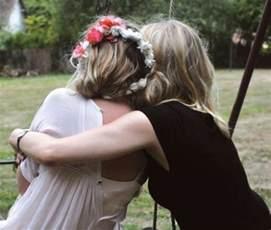 Friend hug tumblr www imgarcade com online image arcade