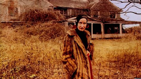 Edith Bouvier Beale Grey Gardens by Antenna Documentary Festival Review Grey Gardens
