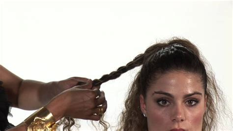 easy curly hairstyles thats manageable hairstyles for curly hair easy updos for curly hair