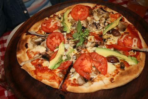 pizzeria il giardino zio pino mascot sydney
