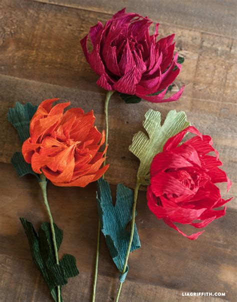 How To Make Paper Flowers With Crepe Paper - crepe paper mums how to make paper flowers for fall