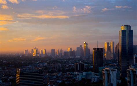 dua bank nasional unjuk kekuatan  asia tenggara good