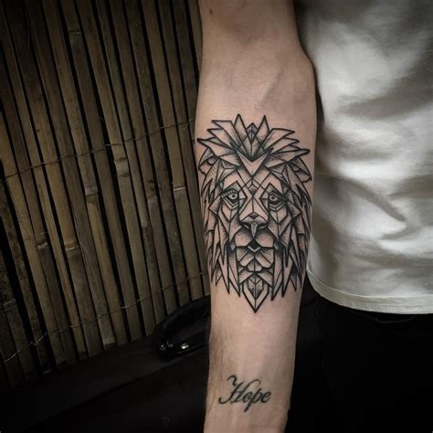 geometry tattoo 100 geometric designs meanings shapes