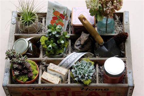 Gardening S Day Gifts S Gardening Gift Box Hgtv