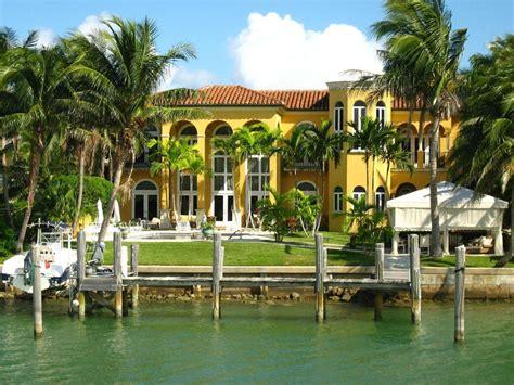 shaqs star island house interior celebrity home 8 of the richest black celeb neighborhoods atlanta black
