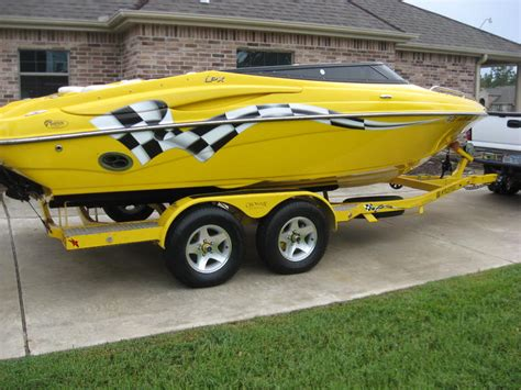 crownline boat paint yellow crownline boat pictures to pin on pinterest pinsdaddy