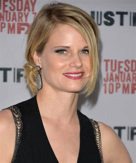 back of joelle carters hair more pics of joelle carter hair knot 1 of 11 joelle