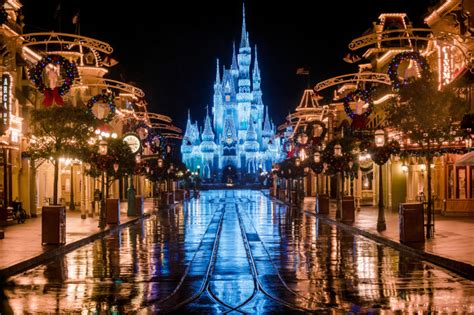 ultimate 2017 disney world christmas guide disney
