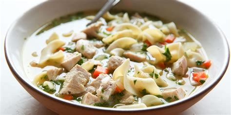 easy homemade chicken noodle soup recipe how to make best chicken noodle soup delish com