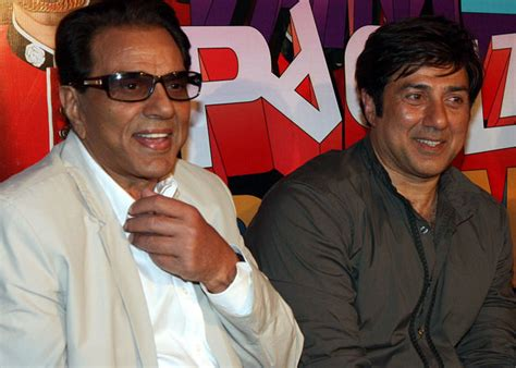 actor dharmendra film list when sunny deol got beaten up by dharmendra bollywood