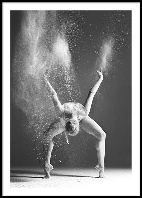 Poster One 1 30x40cm affisch med svartvit fotokonst tavlor och posters med dans