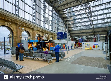liverpool station roof liverpool lime station stock photos liverpool
