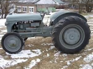Ford 2n Ford 8n 9n 2n Tractors Collecting Restoring And