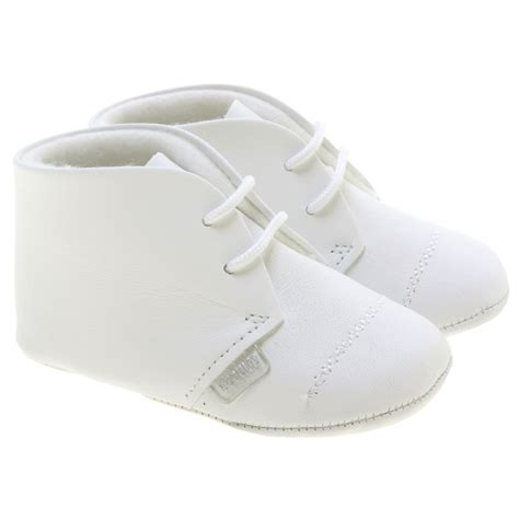 baby boys white shoes in leather made in cachet