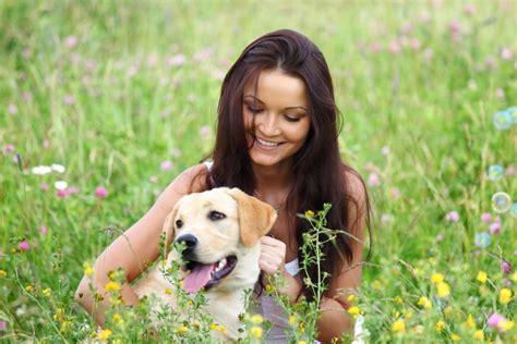 mujer se pega con su mascota 191 los perros aman a sus due 241 os el diario de la nena el