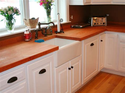 Selecting Kitchen Cabinets Choosing Kitchen Cabinets Hgtv