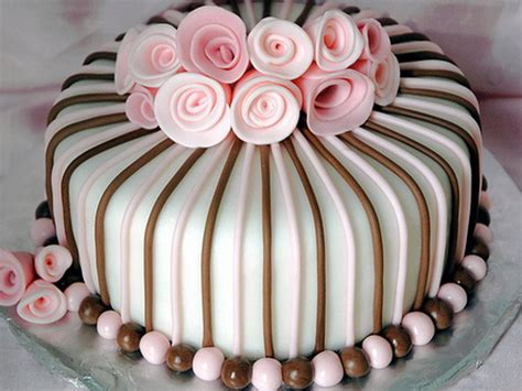 cakes spotlight w b 14th april 2014 the cakey bakey