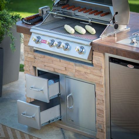 Outdoor Gas Kitchen by Bull Outdoor Products Bbq Island With 4 Burner Angus Gas