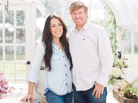 chip and joanna gaines net worth reality stars net worth the married stars of hgtv s fixer upper explain how a