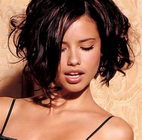 adriana lima cool short hairstyles for women top 10 adriana lima styles 2014 stylezpedia latest