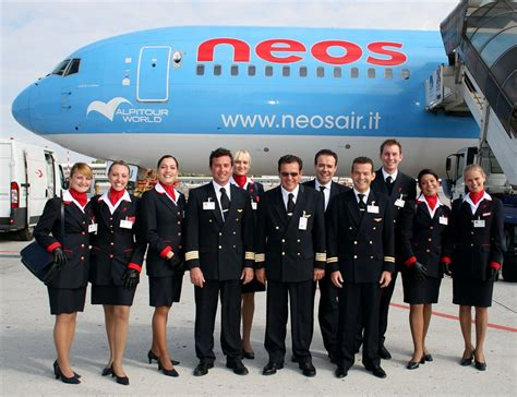 become cabin crew get your wings and become cabin crew neos air is looking