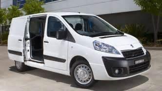 Peugeot Expert Minibus Peugeot Expert Review Car Reviews Carsguide