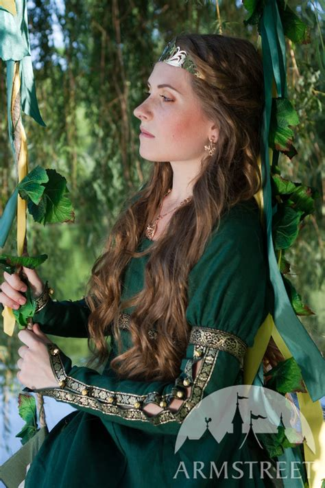 film fantasy medievale this is an elegant natural flax linen dress actually