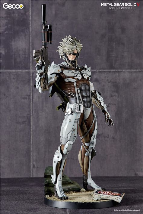 Raiden White Statue By Gecco metal gear solid v ground zeroes raiden plastic and plush