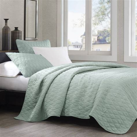 linen quilted coverlet echo design diamond geo queen coverlet aqua