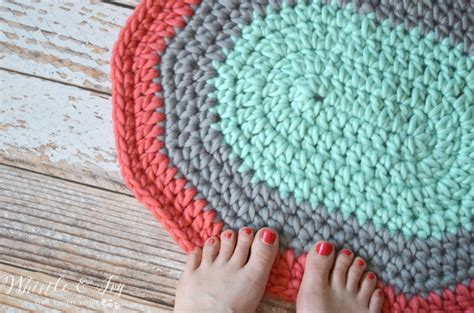 crochet rug pattern with yarn super chunky oval rug pretty providence