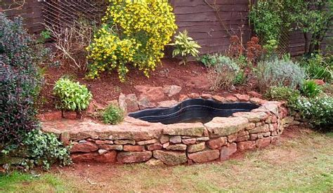 Garden Pond Ideas For Small Gardens Small Garden Ponds For Wildlife Landscaping Gardening Ideas