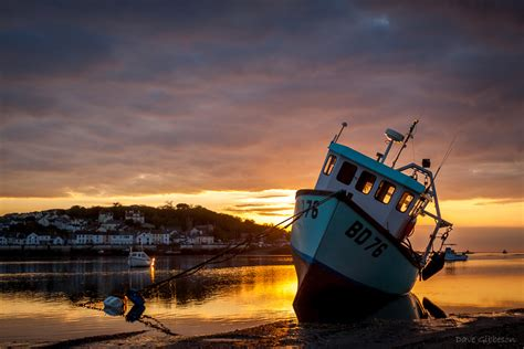 boat photography an instow boat at sunset devon photography