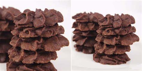 tips membuat kue kering coklat kue kering coklat vemale com
