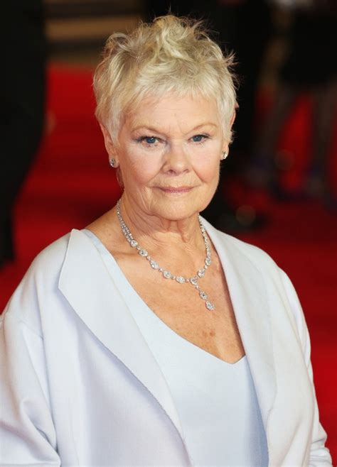 judi bench judi dench picture 29 world premiere of skyfall arrivals