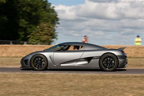koenigsegg ultimate koenigsegg ccxr pictures posters news and videos on