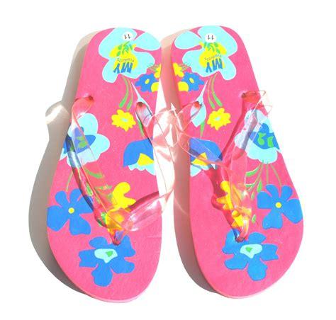 Sandal Rubber 2 B Flower by Pink Hawaiian Flowers Flip Flops Retail 38