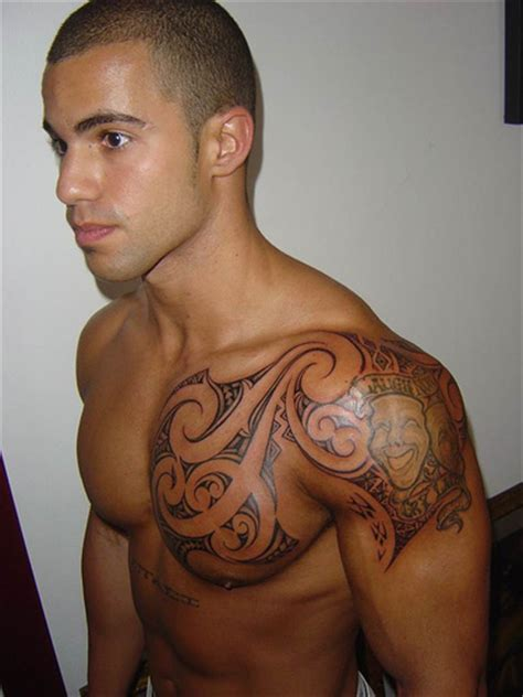 male shoulder tattoos picturem tattoos for