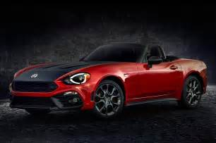 Fiat 124s 2017 Fiat 124 Spider Priced From 25 990 Motor Trend