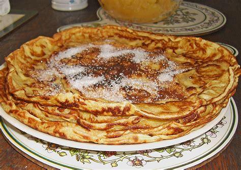 eier kuchen eierkuchen mit wenig eiern nakro chefkoch de