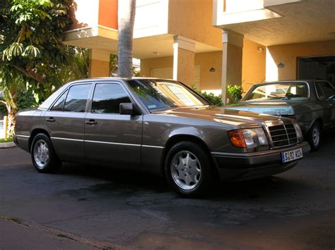 how to learn everything about cars 1992 mercedes benz 300d lane departure warning 1992 mercedes benz 300 class pictures cargurus