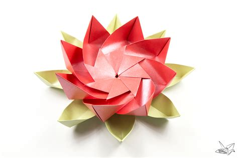 Lotus Flower Paper Folding - modular origami lotus flower with 8 petals tutorial