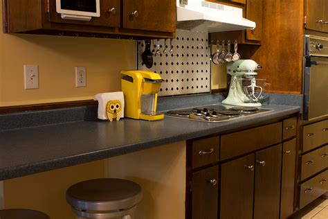 paint your own kitchen cabinets paint your own kitchen cabinets tutorial how to paint